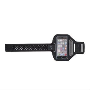 NWT Merkury Sport Armband for phone